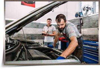 Routine maintenance of vehicles Mitsubishi